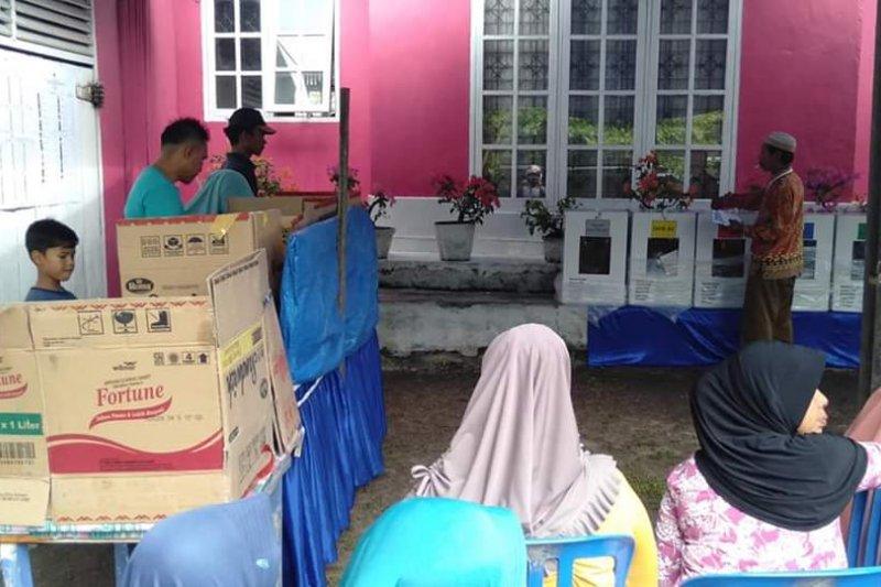 Bengkalis kekurangan logistik Pemilu, bilik suara terpaksa pakai kardus bekas
