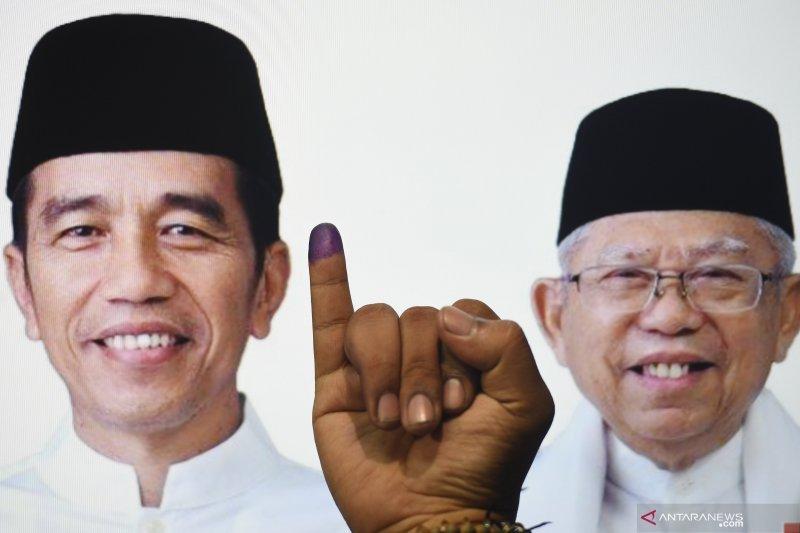 Di TPS Ridwan Kamil, pasangan Jokowi-KH Ma'ruf Amin unggul