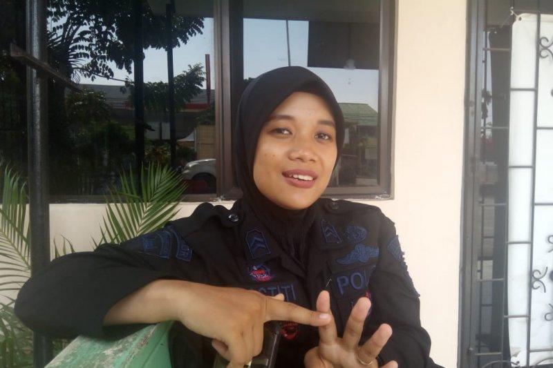 """Dilema """"Kartini"""" di tengah tugas pengamanan pemilu"""