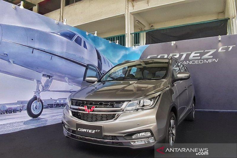 Wuling Cortez raih 'Best of Medium MPV Gasoline' di ajang Otomotif Award 2020