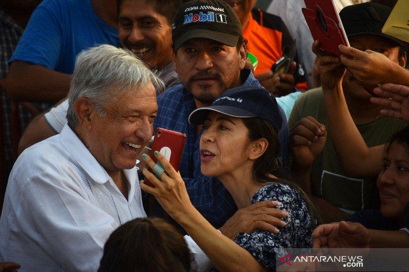 Presiden Meksiko sumbang seperempat gaji untuk COVID-19