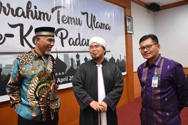 Agar harga terkendali, ulama di Padang serukan bijak berbelanja saat Ramadhan