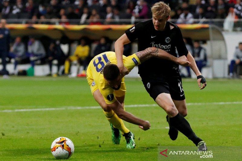 Chelsea bermain imbang 1-1 di markas Frankfurt