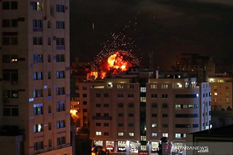 Israel dilaporkan serang kantor militer Palestina di Lebanon