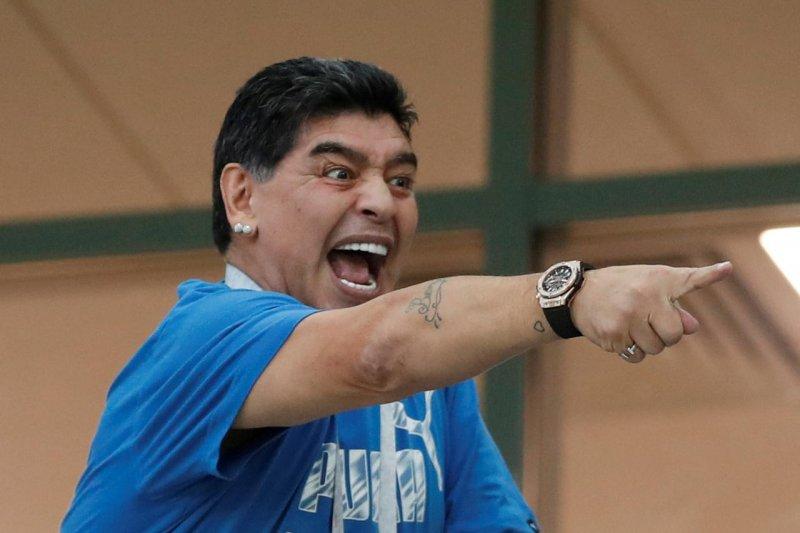 Aduhh..!!!. Klub asuhan Maradona gagal promosi secara beruntun