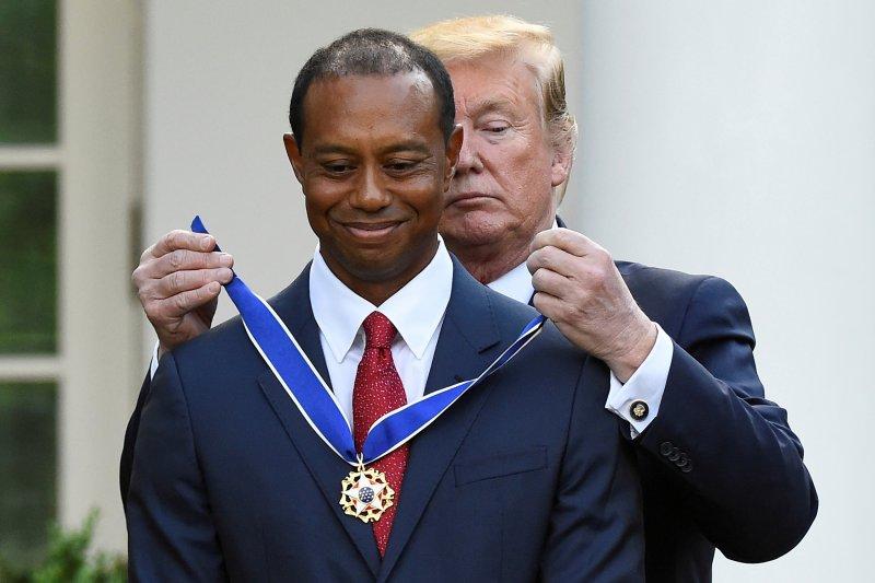 Woods  terima Medali Kebebasan dari Trump