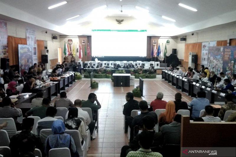 KPU Jabar gelar rapat pleno rekapitulasi suara Pemilu 2019
