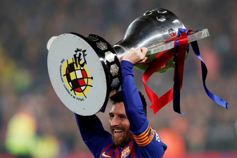 """Leo Messi raih trofi """"Sepatu Emas"""" keenam"""