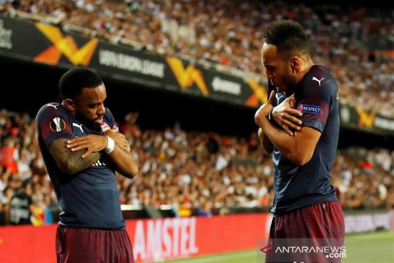Disokong trigol Aubameyang, Arsenal melenggang ke final