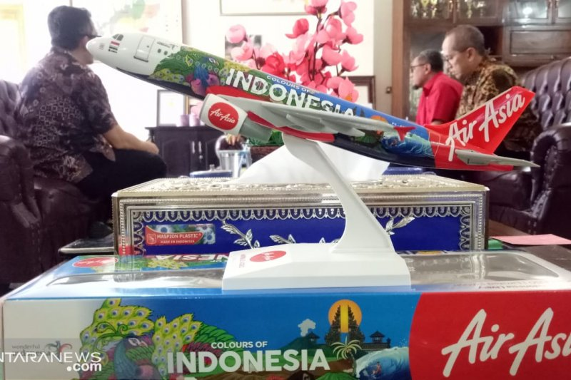Air Asia mempercepat Komodo jadi bandara Internasional