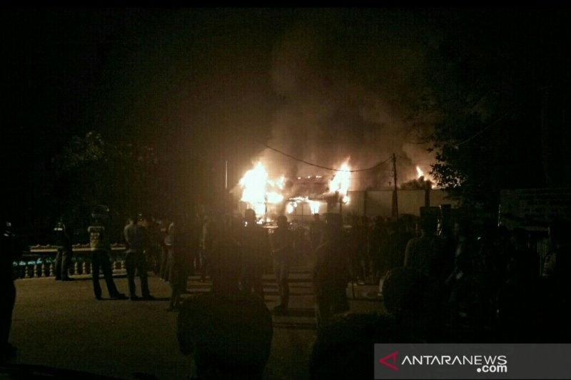 Puluhan napi Rutan Siak kabur akibat kerusuhan
