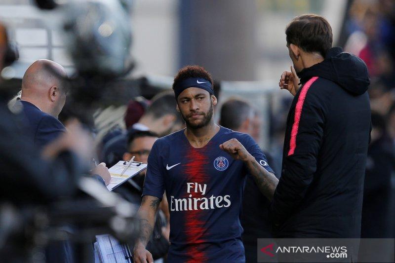 Angers dipecundangi sepuluh pemain PSG