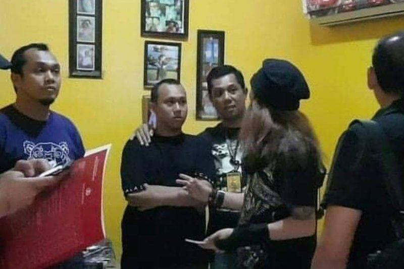 """Sosok perempuan perekam video """"penggal kepala Jokowi"""" diduga dari Sukabumi"""
