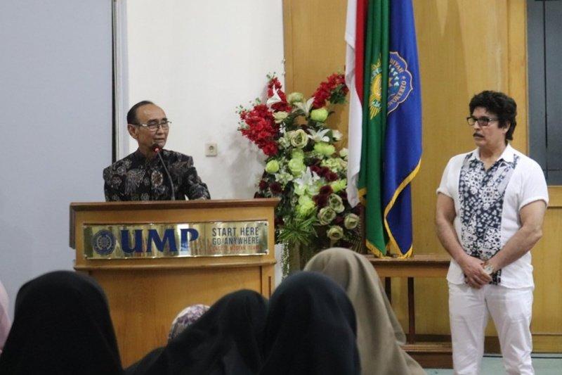 Kuliah umum Kedokteran UMP hadirkan narasumber dari Kanada