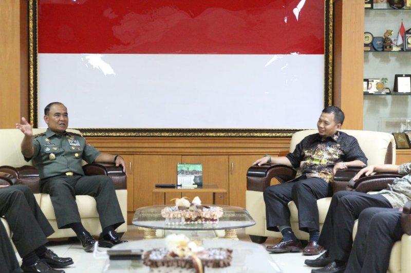 Pejabat Wali Kota Makassar temui Pangdam XIV Hasanuddin