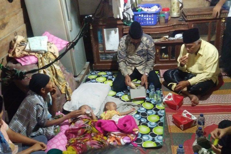 Sahur istimewa warga Padang  bersama Wali Kota