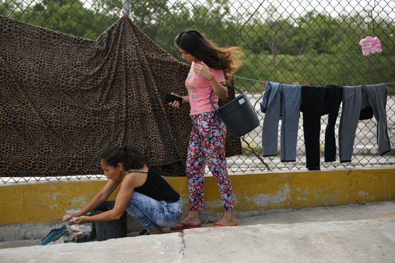 AS menyoroti bahaya deportasi, setelah 130 migran asal El Salvador tewas