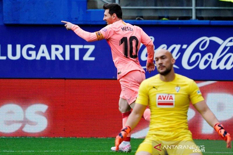 Messi torehkan 50 gol tapi laga pamungkas Barca hanya berakhir imbang