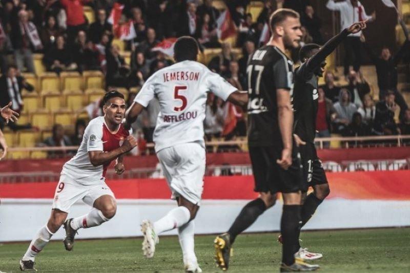 Falcao makin mendekati kepindahannya ke Galatasaray