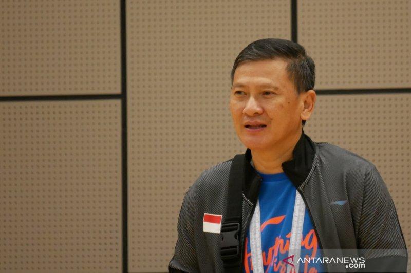 Pelatih Kepala Tunggal Putra PBSI Hendry Saputra dinyatakan negatif COVID-19