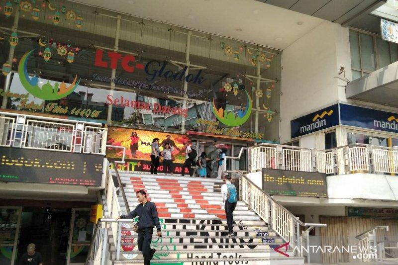 Aktivitas Perdagangan Di Glodok Tak Terpengaruh Aksi 22 Mei Antara News