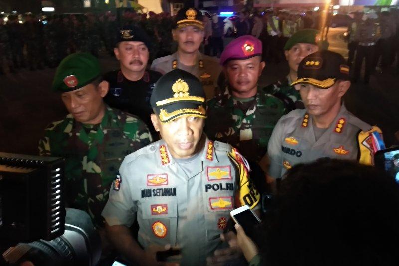 Polda Lampung-TNI lakukan patroli skala besar