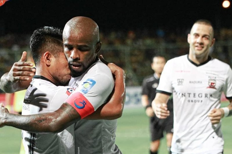 Madura United puncaki klasemen Liga 1