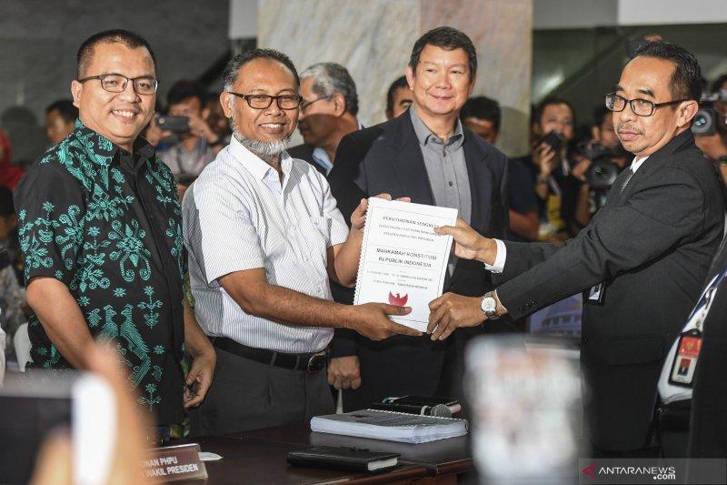 Prabowo-Sandiaga daftarkan permohonan Sengketa Pilpres ke MK