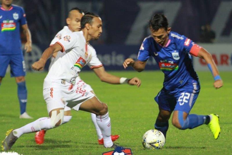 PSIS tundukkan Persija Jakarta 2-1