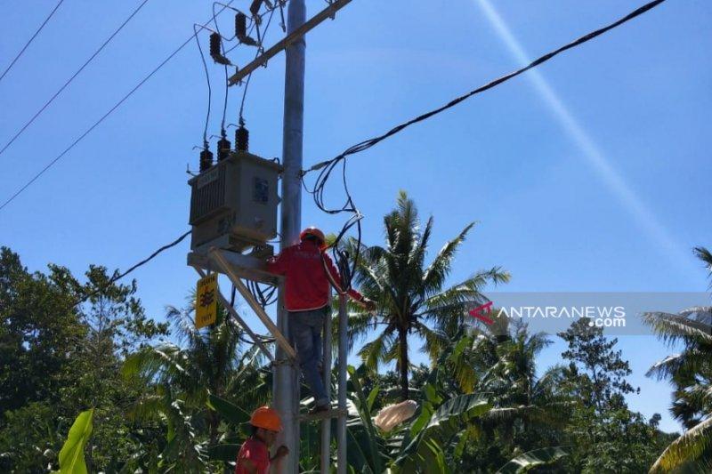 25 pulau di NTT masih gelap gulita