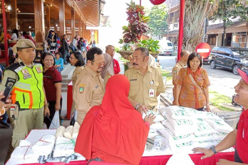 Kendalikan inflasi, TPID Surakarta gelar Pasar Mirunggan