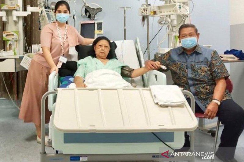 Mantan ibu negara Ani Yudhoyono kembali kritis