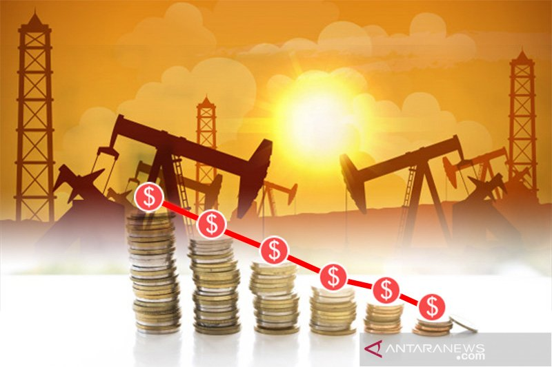 Harga minyak jatuh terseret data ekonomi AS lemah dan ketidakpastian politik