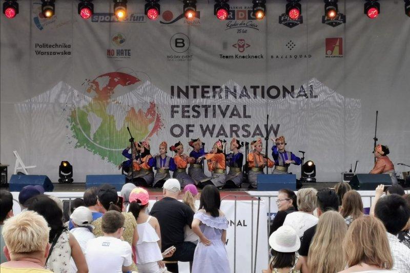 Saman dan Jaipong membuat decak kagum pengunjung Festival di  Polandia