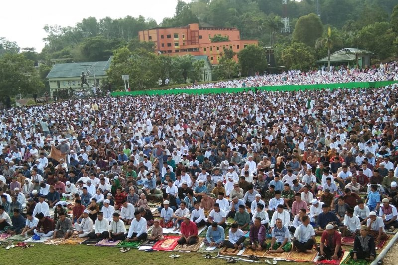 Umat muslim Heram Jayapura Shalat Id di Denzipur
