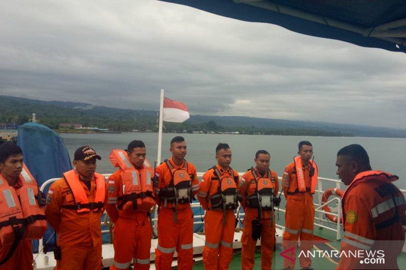 Tenggelamnya KM Lintas Timur, pesawat TNI-AU ikut mencari