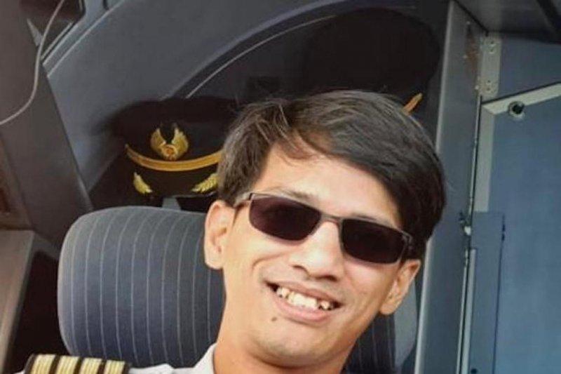 Captain Maherda bertakbir di kesunyian  langit