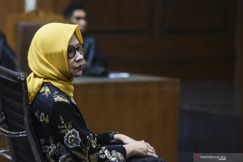 MA lepaskan mantan Dirut Pertamina Karen Agustiawan dari semua tuntutan hukum