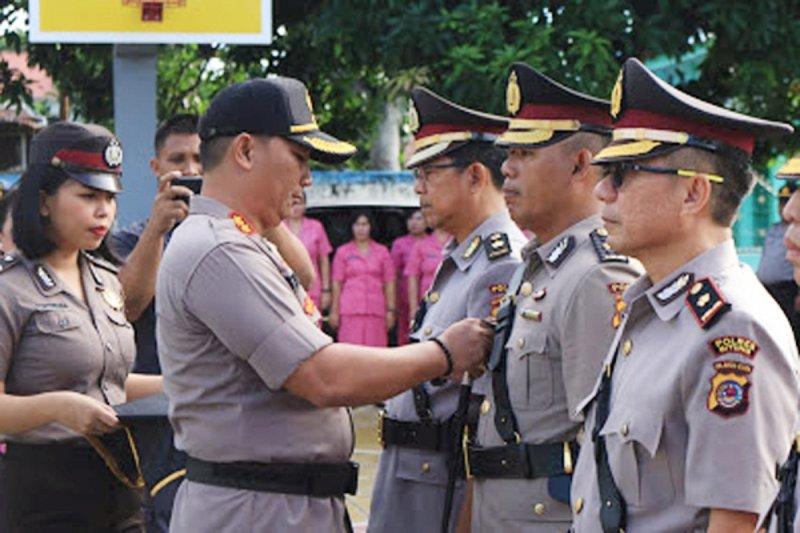 Kapolres sertijab tiga pejabat utama Polres Bitung