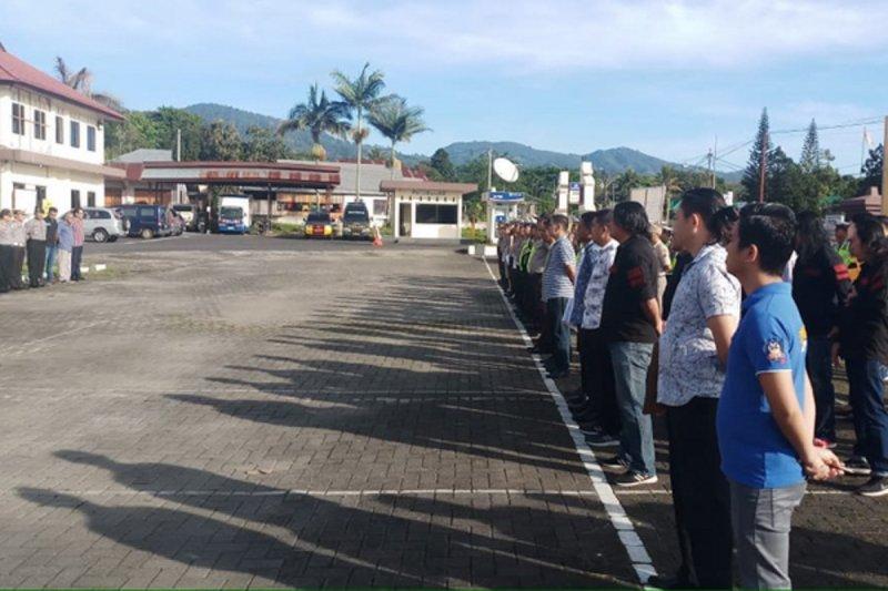 Polres Minahasa lakukan pengamanan Lebaran Ketupat di Kampung Jaton