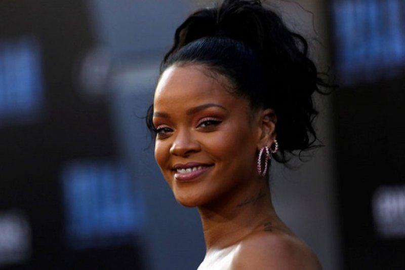 Teriakan Rihanna kejutkan Piala Dunia kriket