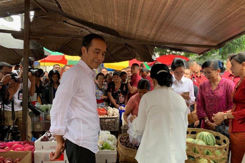 Jokowi bilang rekonsiliasi politik dengan Prabowo bisa dengan naik kuda