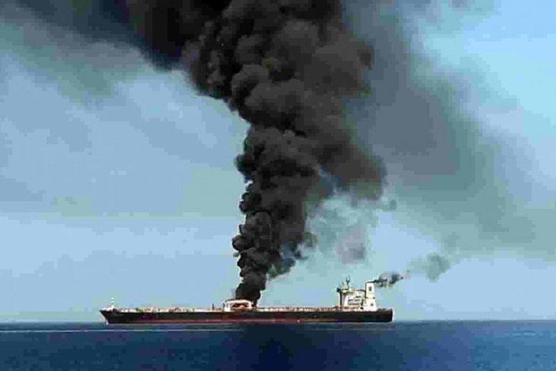 Pascaserangan tanker di Timur Tengah, harga minyak naik di perdagangan Asia