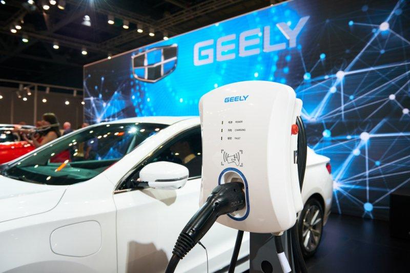 Mobil listrik Geely pakai baterai LG