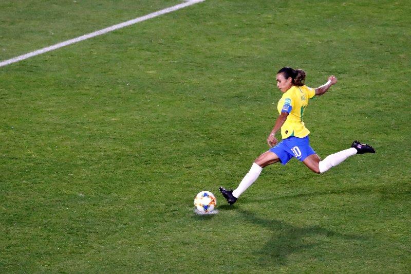 Marta persembahkan rekornya untuk wanita sejagat di Piala Dunia