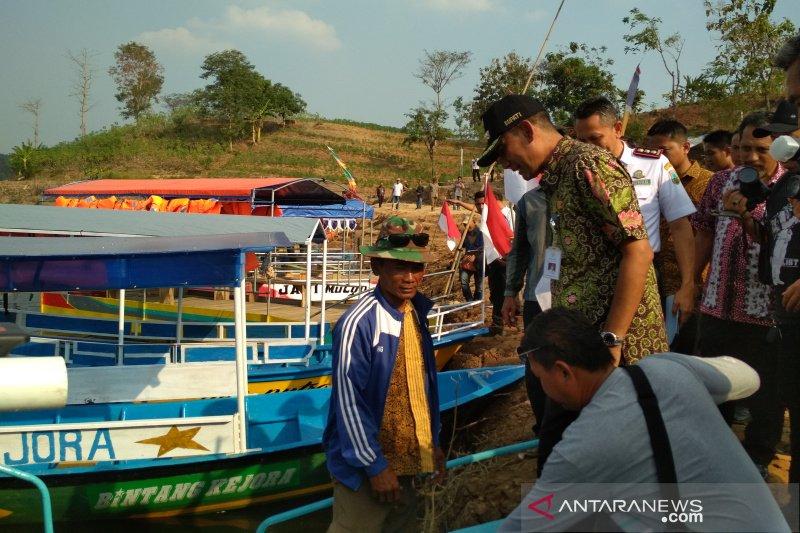 Pemilik perahu wisata Bendungan Logung sepakat hentikan aktivitas