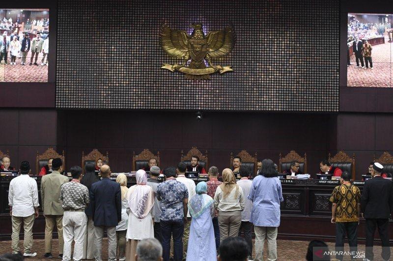 Yang harus dilakukan Prabowo-Sandi bila ingin menang