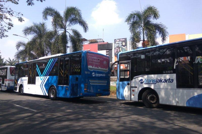 Ini rute-rute Transjakarta  yang dihentikan-alihkan