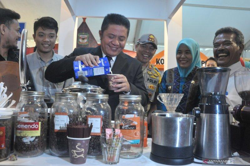 Pemkot Palembang  bantu modal 7.000 pelaku UMKM