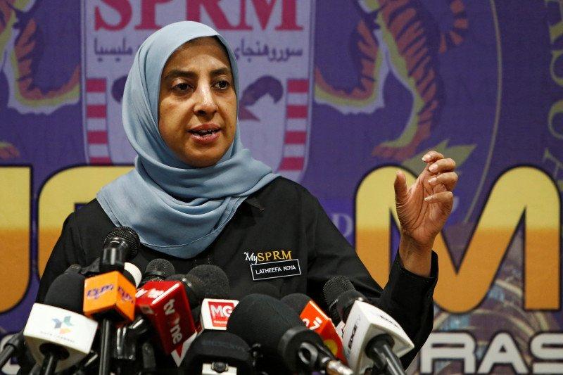 Kepala badan anti-korupsi Malaysia mundur dari jabatannya
